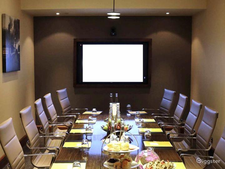 Exclusive Winslow Boardroom in Blackfriars, London Photo 4