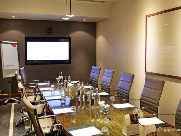 Exclusive Winslow Boardroom in Blackfriars, London Photo 2