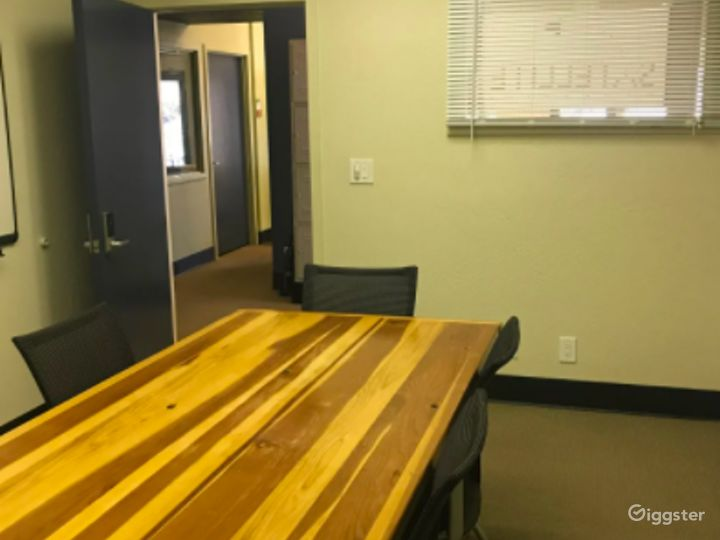 Small Conference Room in Los Gatos Photo 3