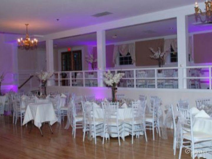 Fancy Main Bar Space   Photo 5