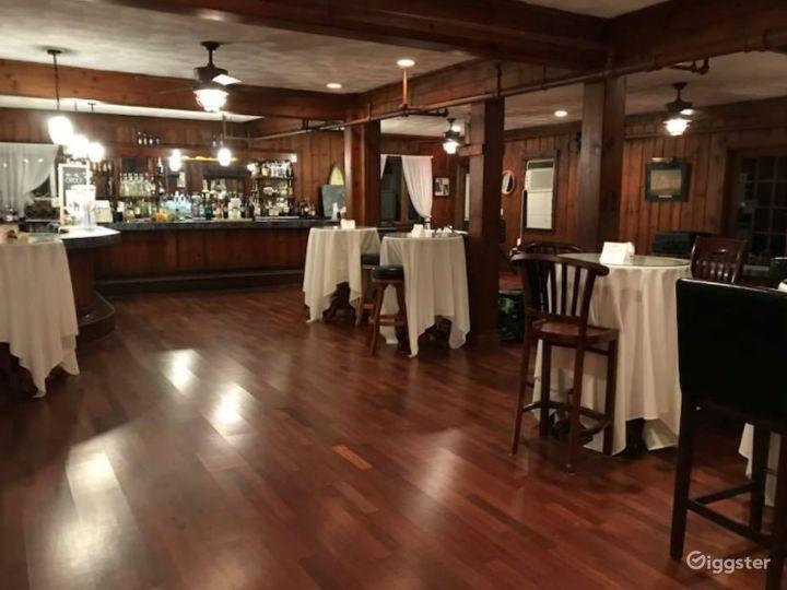 Fancy Main Bar Space   Photo 3