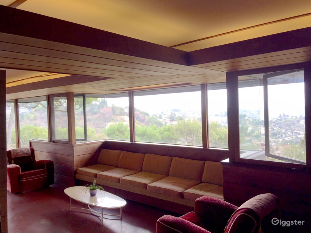 Historic Landmark: Midcentury Architectural Home Photo 3