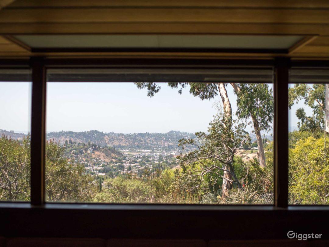 Historic Landmark: Midcentury Architectural Home Photo 4