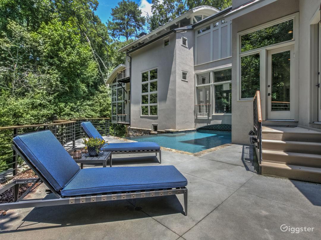 Modern Mountain House with Pool Photo 4