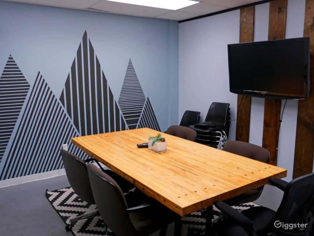 Artistic Conference Room Photo 1