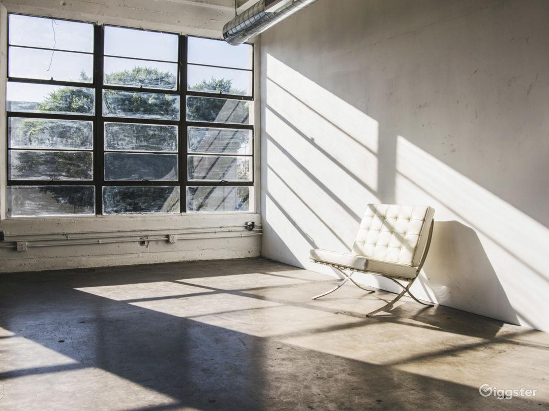 Hill Studio 3 Photo 3