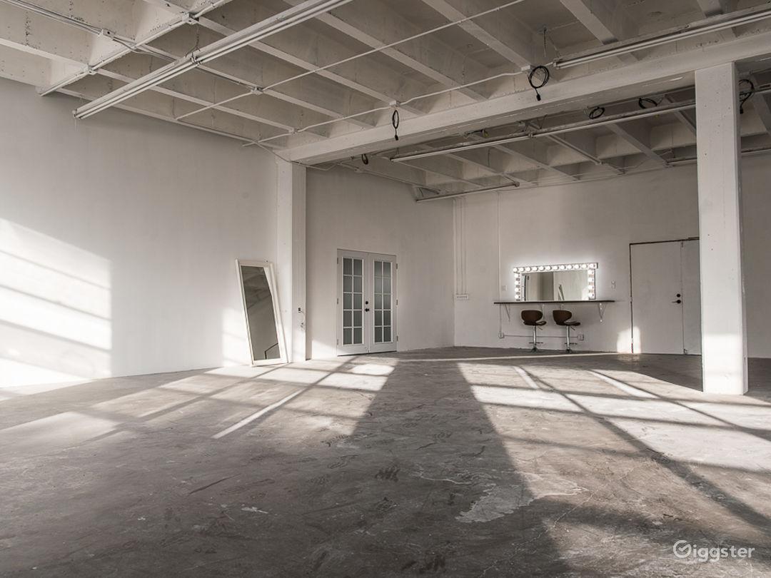 Hill Studio 3 Photo 4