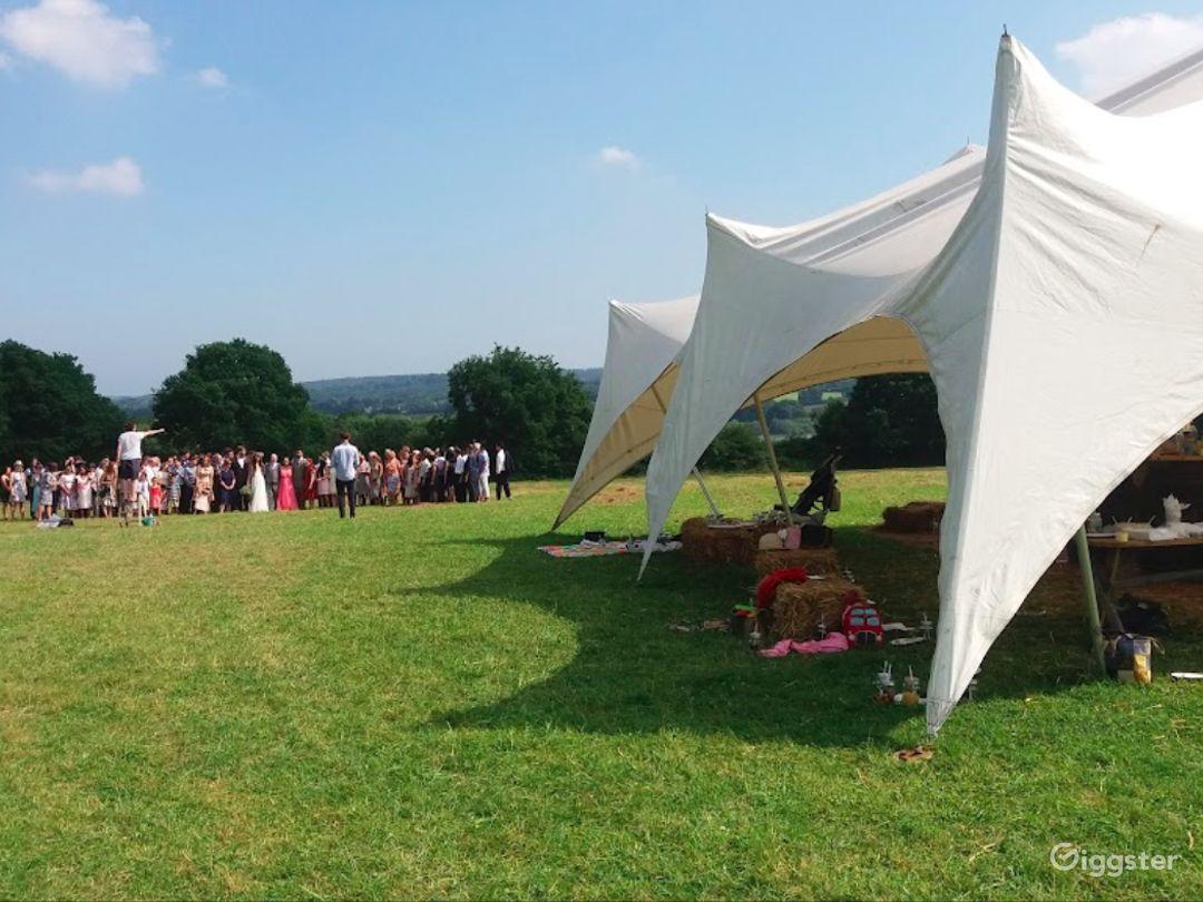 Сharming Tent Area in East Grinstead Photo 1