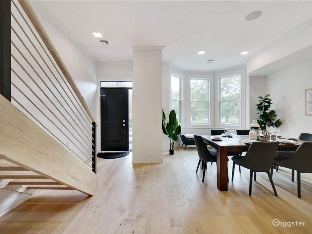 Contemporary Brownstone with Park Views Photo 1