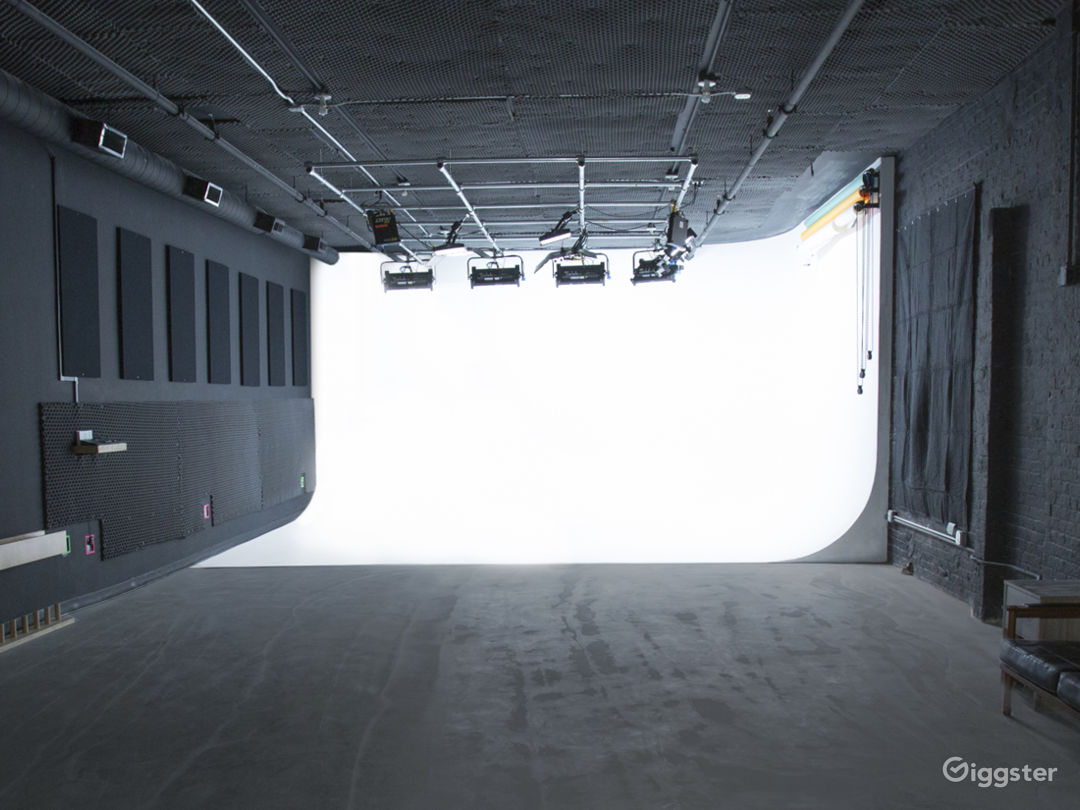 Large Studio Workspace