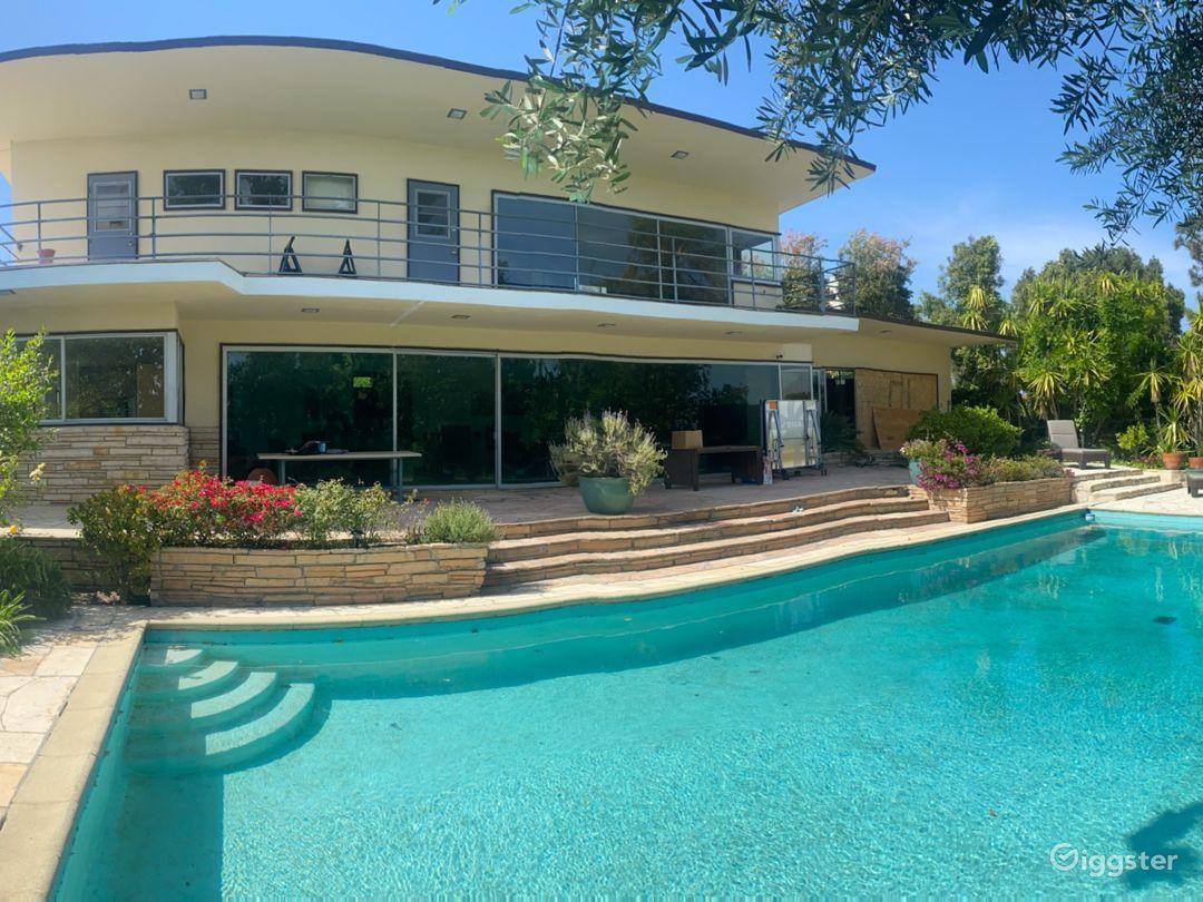 Mid Century Mod Home // DTLA Skyline View w/ Pool Photo 1