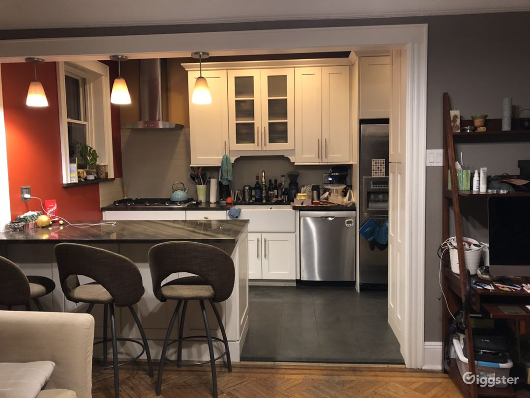 2 br in Astoria NYC  Photo 1