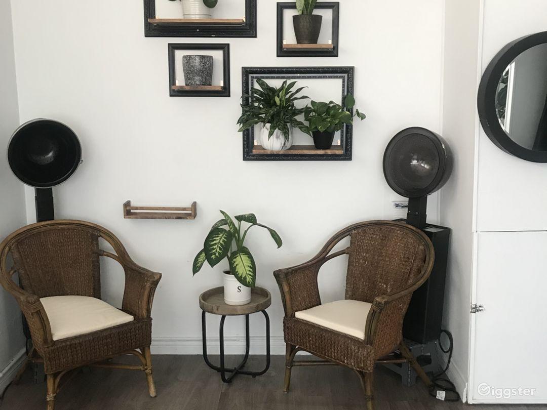 Beautiful double station salon  Photo 5