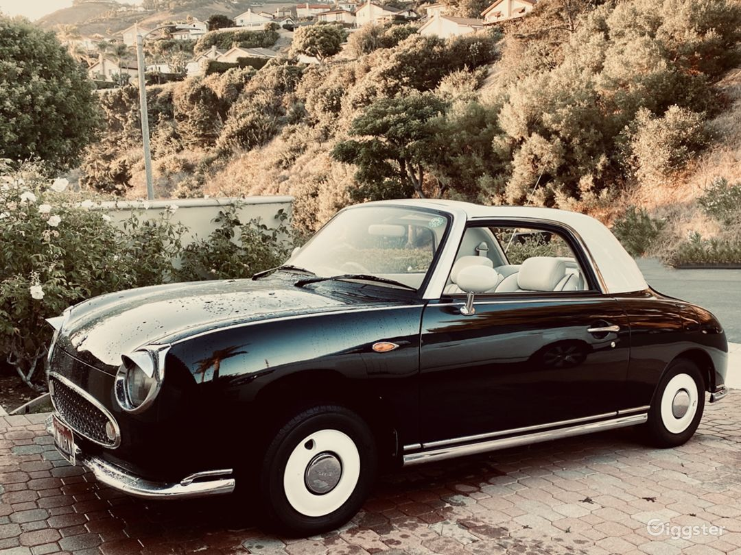Little Lucy the Nissan Figaro Photo 1
