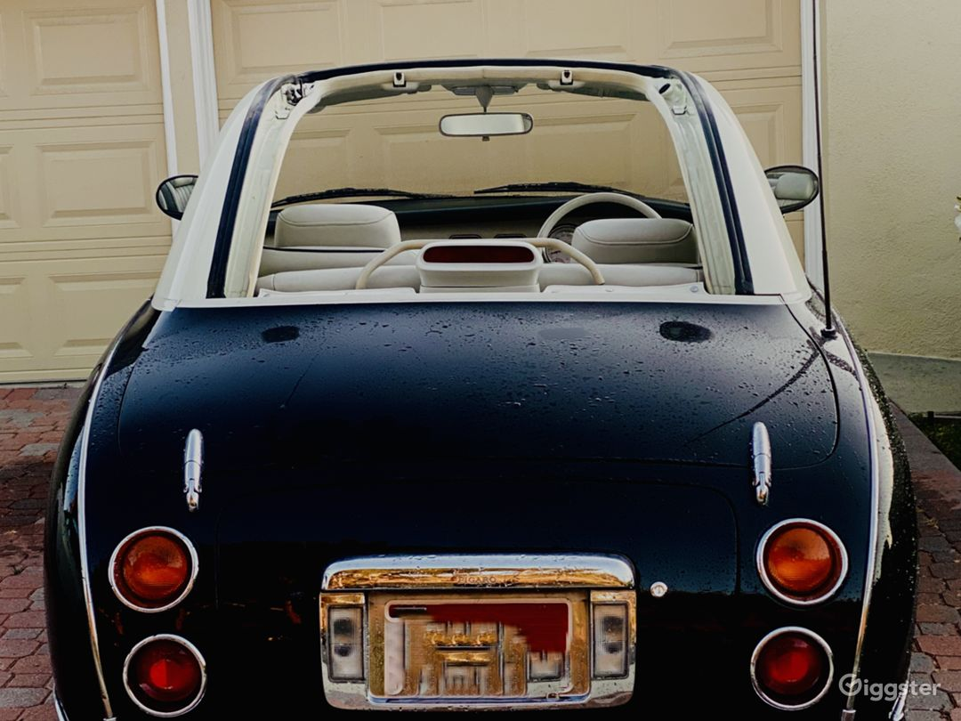 Little Lucy the Nissan Figaro Photo 2