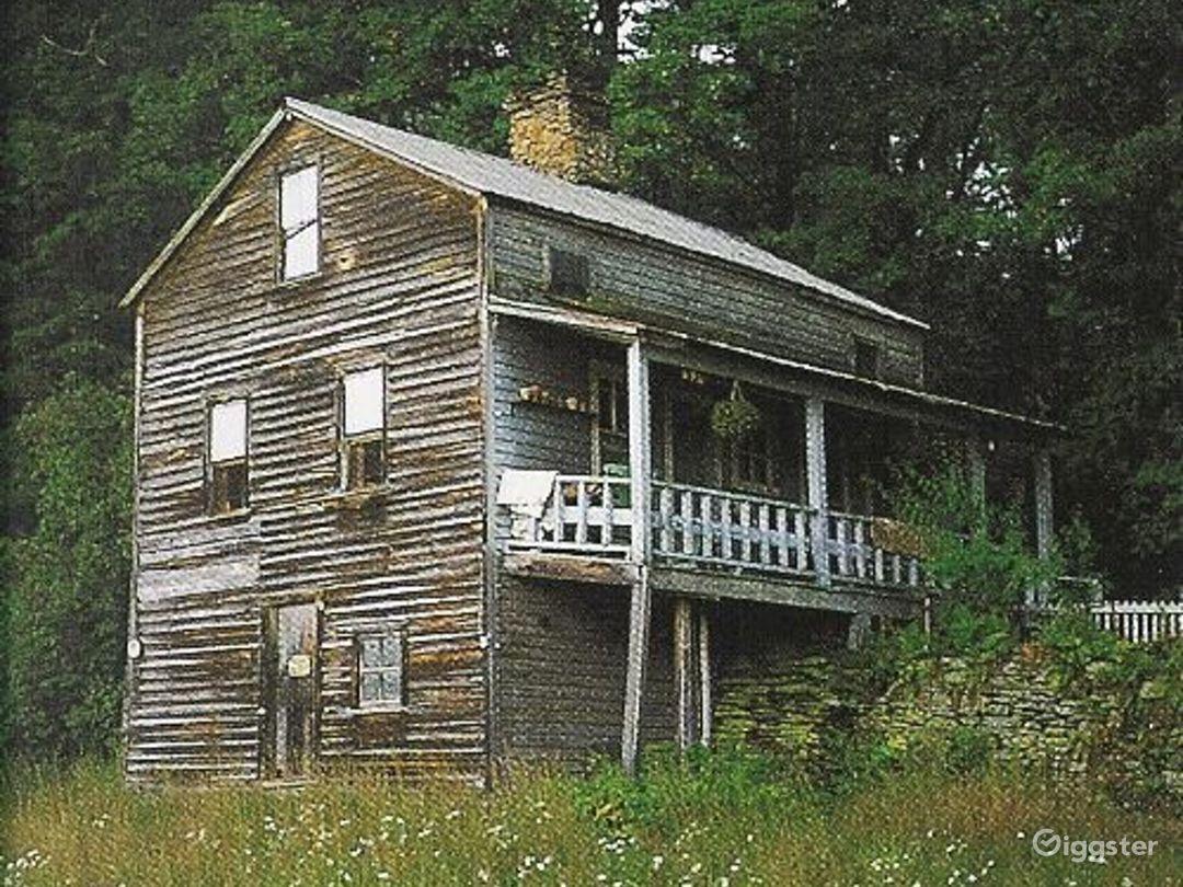 Rustic rural farm: Location 4139 Photo 1