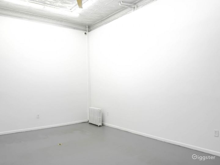A Charming Gallery Space Photo 3