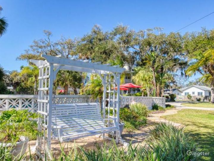 Picturesque Riverfront Venue in the Heart of Daytona Beach Photo 3