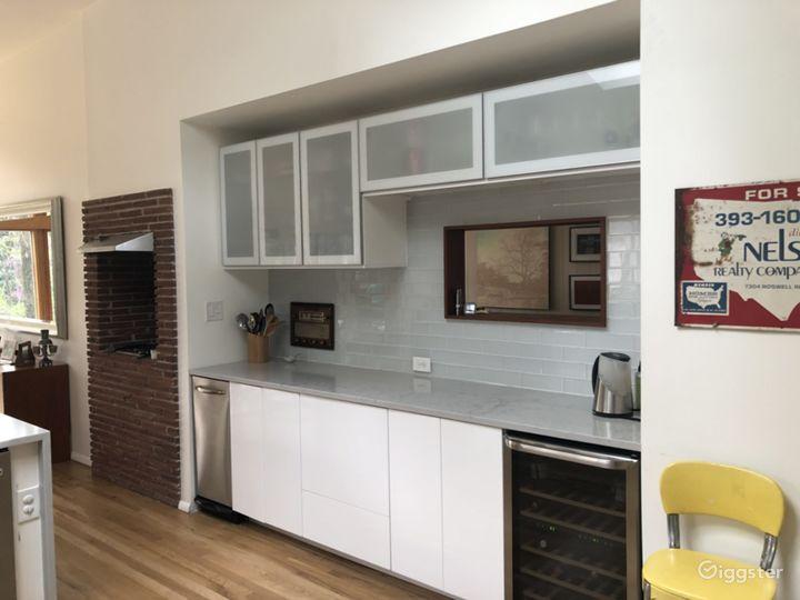 Mid Century Modern Home Photo 5