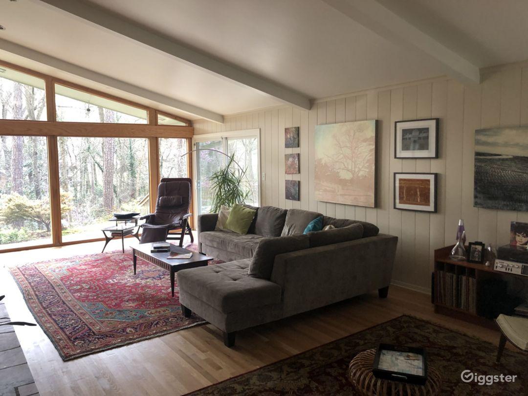 Mid Century Modern Home Photo 1