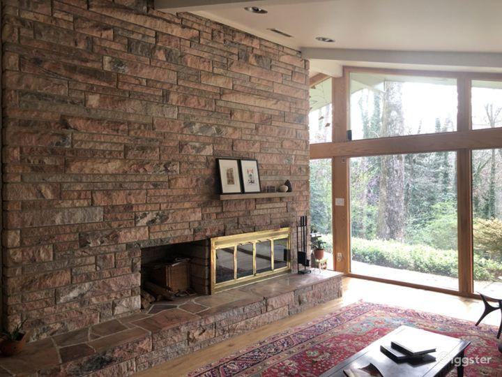 Mid Century Modern Home Photo 3
