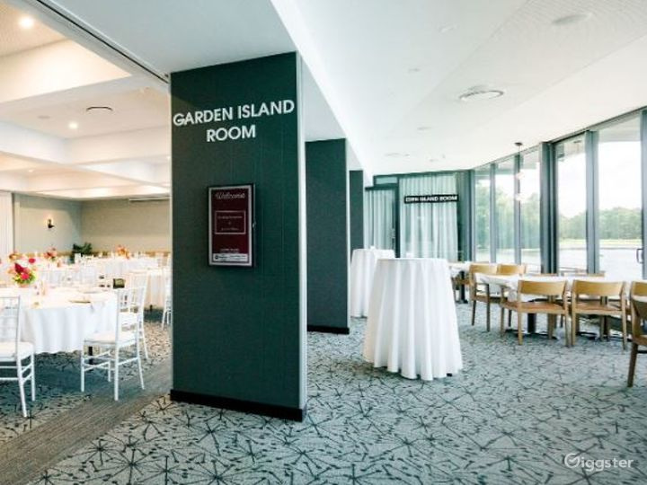 Gorgeous Garden Island Room for Events Photo 3
