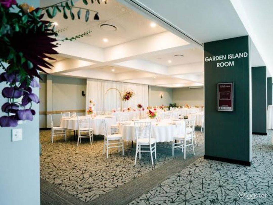 Gorgeous Garden Island Room for Events Photo 1