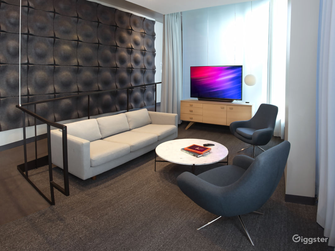 A private lobby to greet or hang-out in before or after your Theatre use.