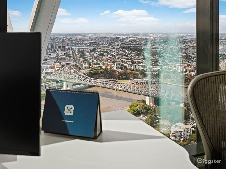 Penthouse Style Office Space in Brisbane Photo 4