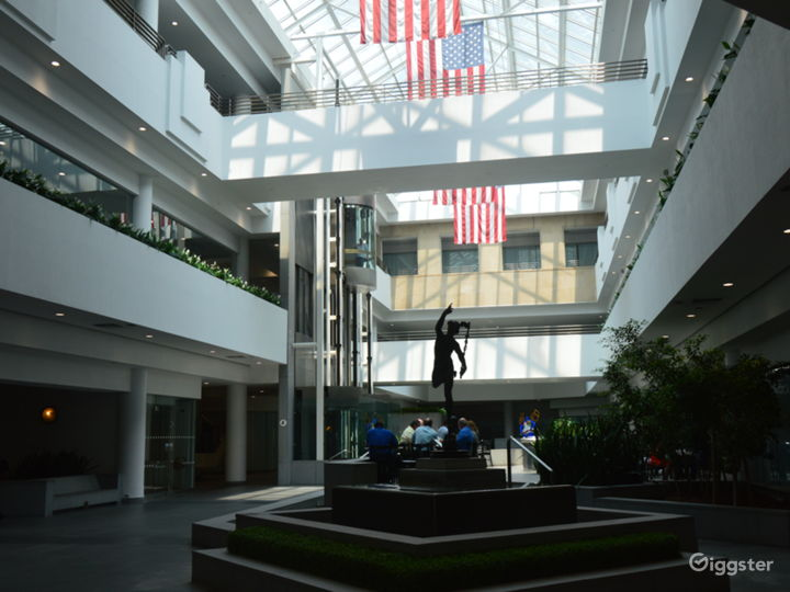 Class A Office Building in Queens Photo 4