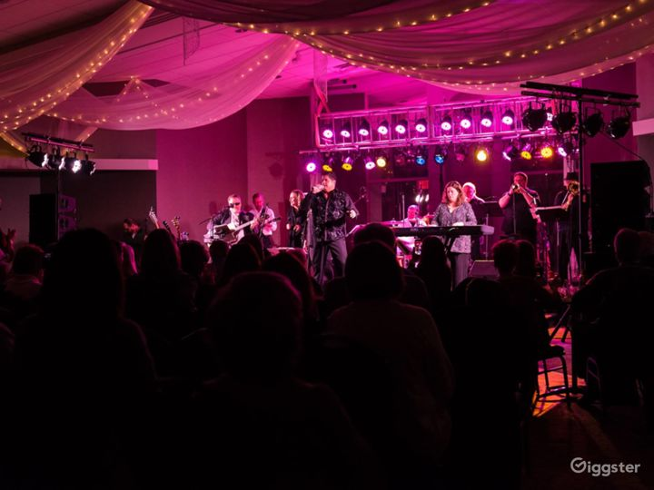 Outstanding Stage & Event Space in Broadview Heights Photo 4