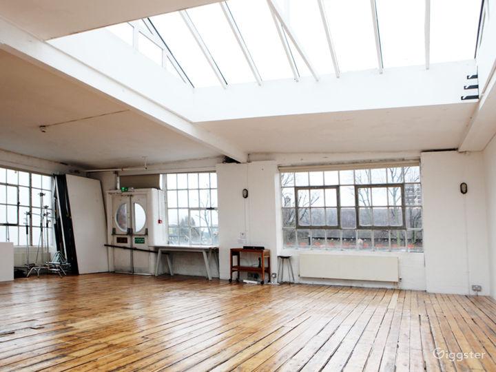 A quiet Photo studio location near Dalston Photo 3