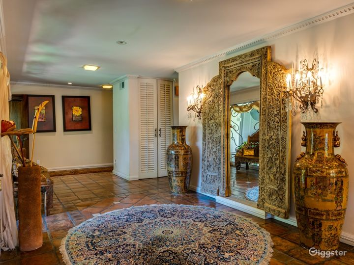 Gorgeous Calabasas Home - Ideal for Reality Show Photo 3