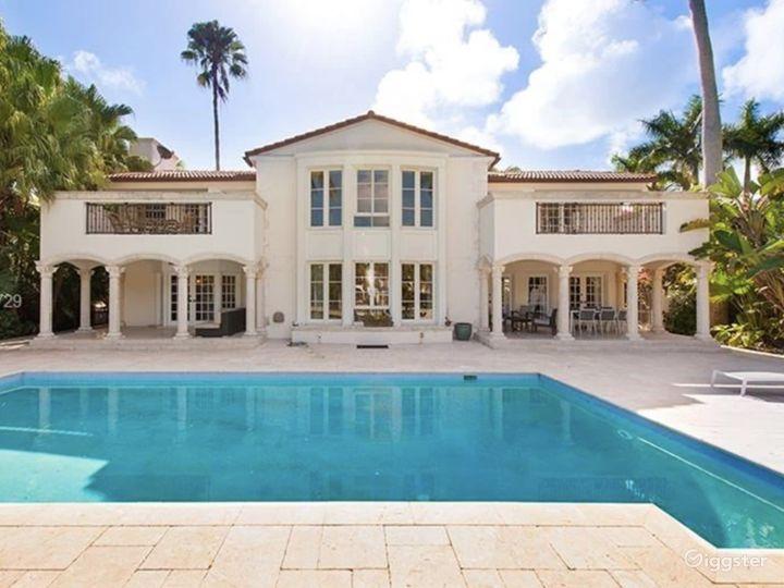 Waterfront Miami Mansion Photo 2