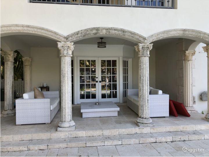 Waterfront Miami Mansion Photo 5