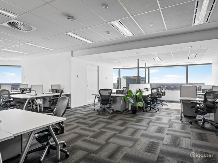 Office Space w/ Contemporary Interiors in Perth Photo 5