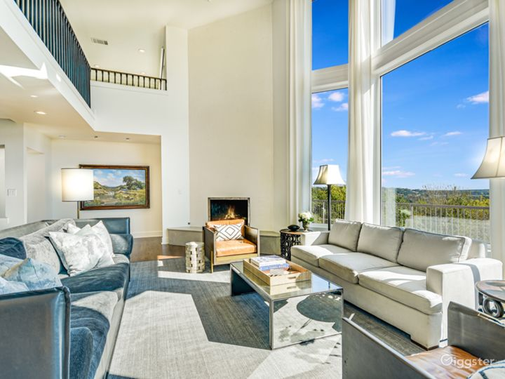 Austin Home With Views!!
