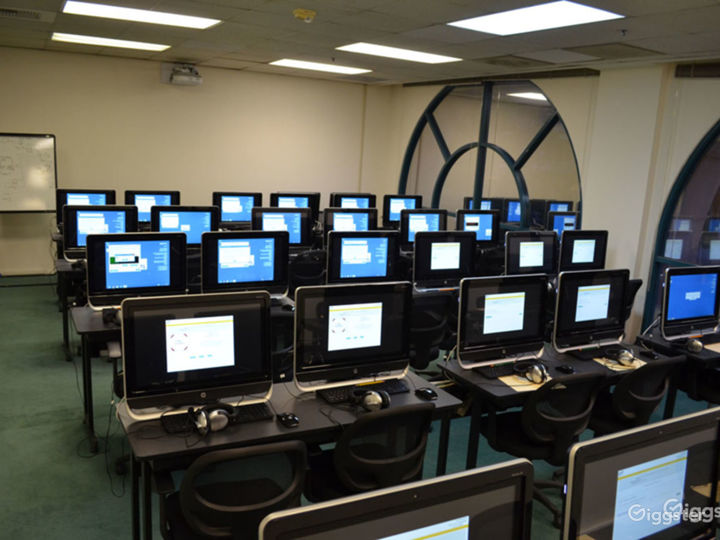 Corporate Meeting Training Facility Glendale Buyout Photo 3