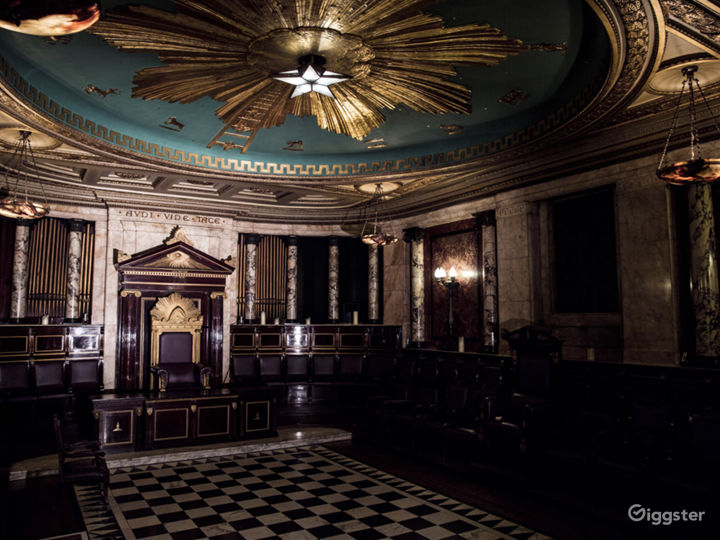 Masonic Temple in London Photo 3