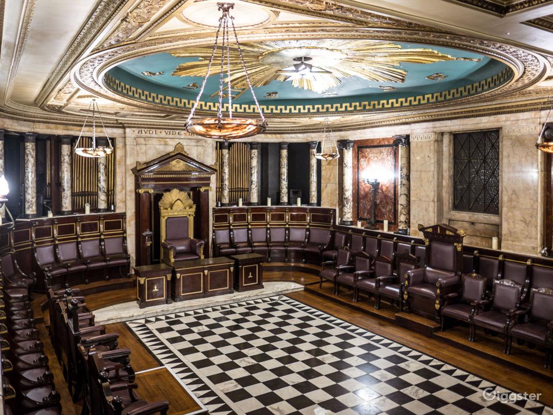 Masonic Temple in London Photo 1