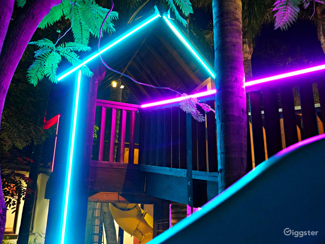The Fortress w/ Custom Neon Treehouse Photo 4