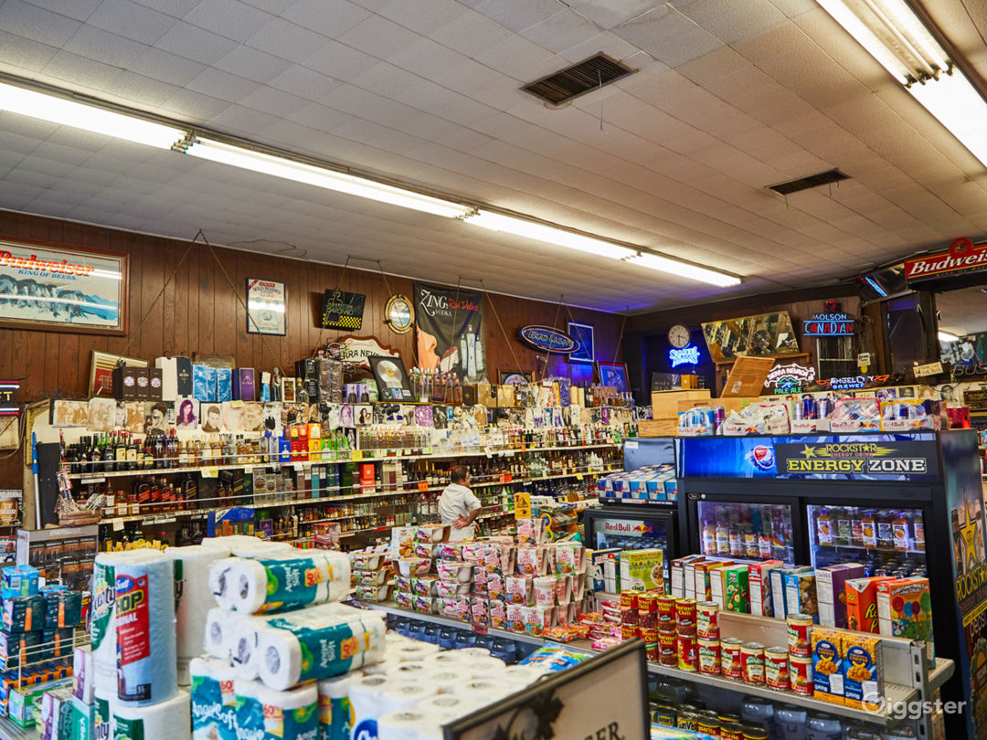 Liquor Store on Sunset with a Backroom Photo 3