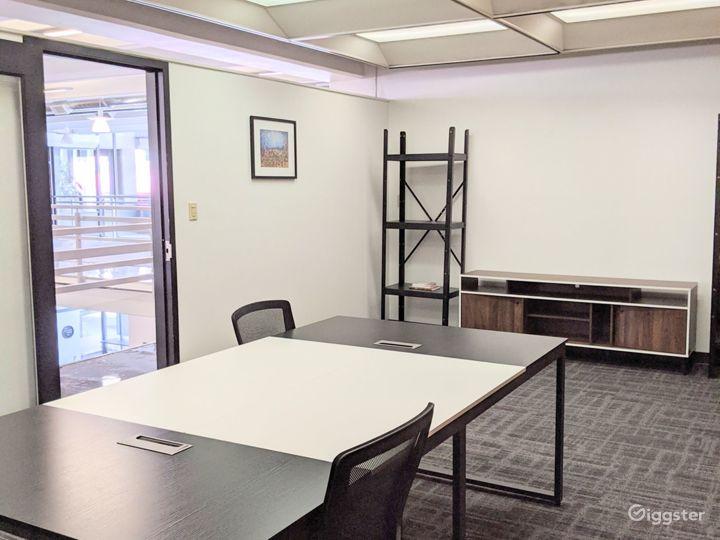 Vibrant Modern Meeting Room