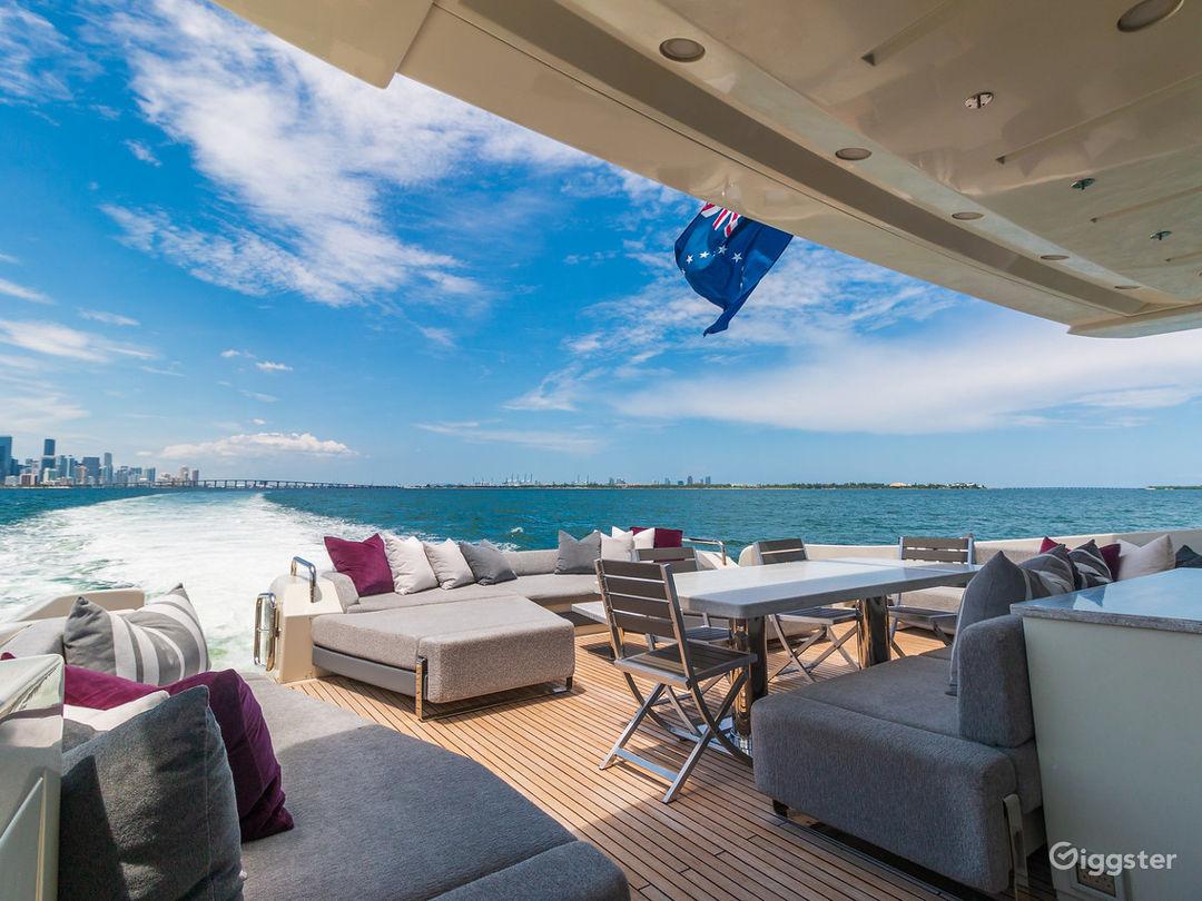 Tremendous, World-Class 103FT AZIMUT Party Yacht Space Events Photo 1
