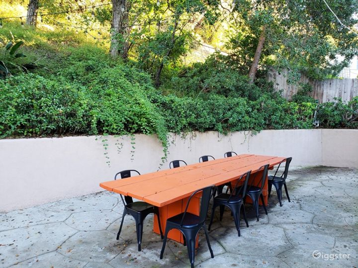 Hollywood Hills Home with Large Backyard Photo 3