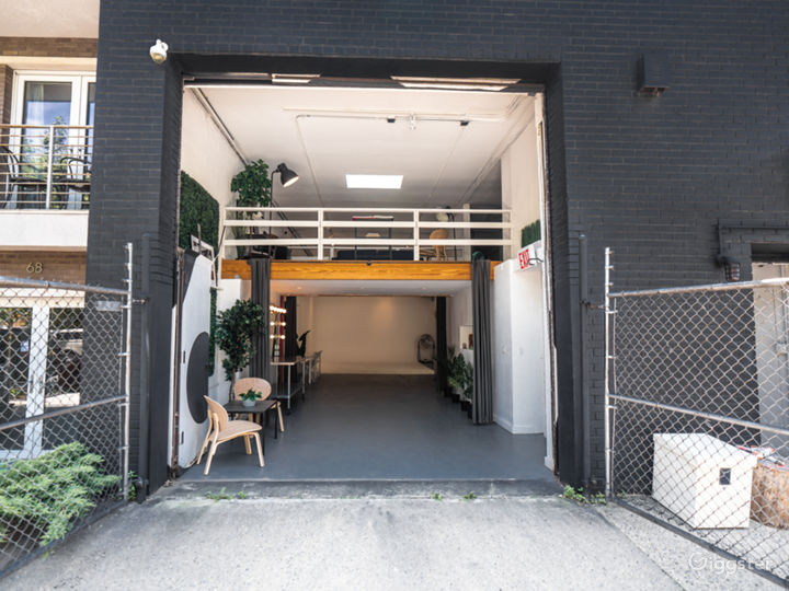 Garage and driveway entry
