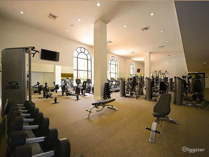 Enormous Gym with Sauna and Indoor Basketball Photo 2