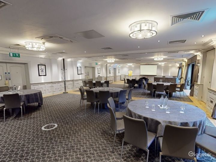 Functional Event Space for up to 210 people in Oxford Photo 2