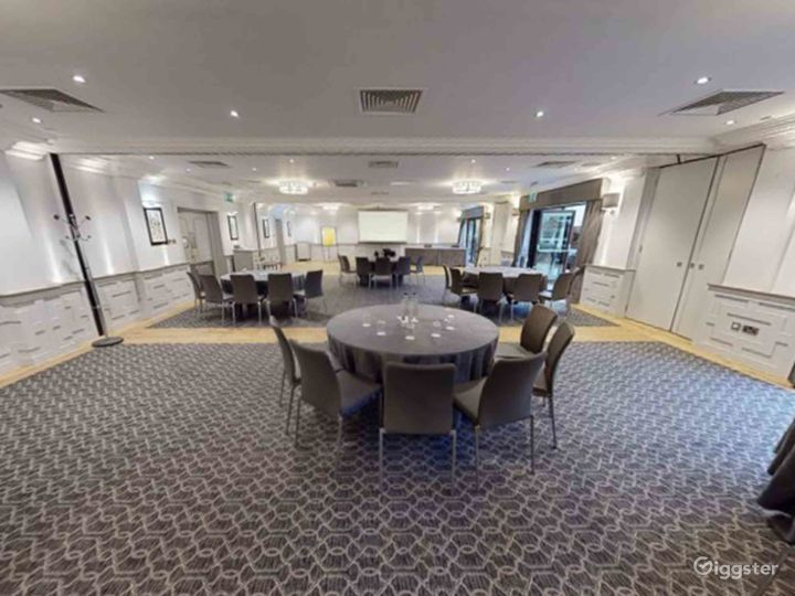 Functional Event Space for up to 210 people in Oxford Photo 3
