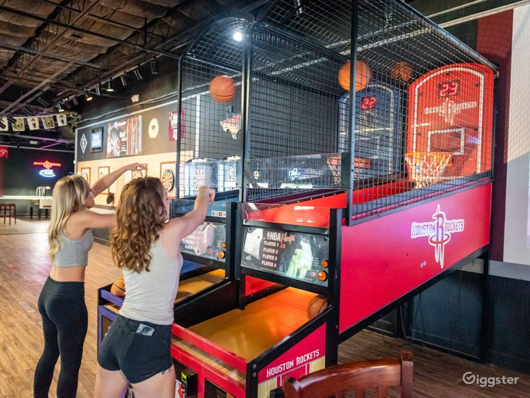 Relaxing Sports Bar in College Station Photo 1